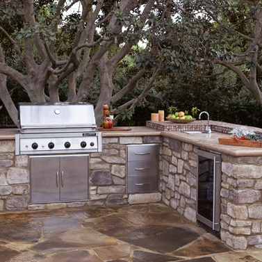 Outdoor Kitchens